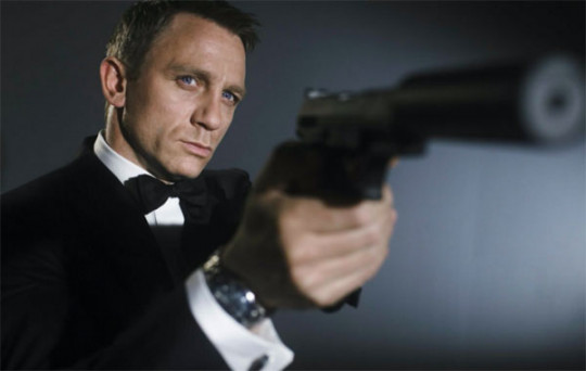 James Bond apa lesz